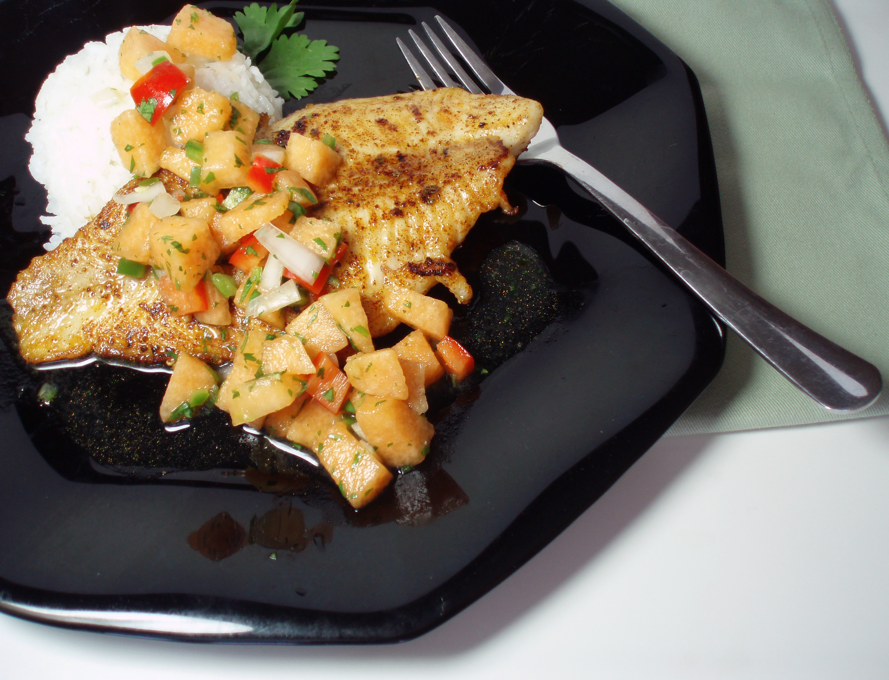 blackened catfish with cantaloupe salsa 003