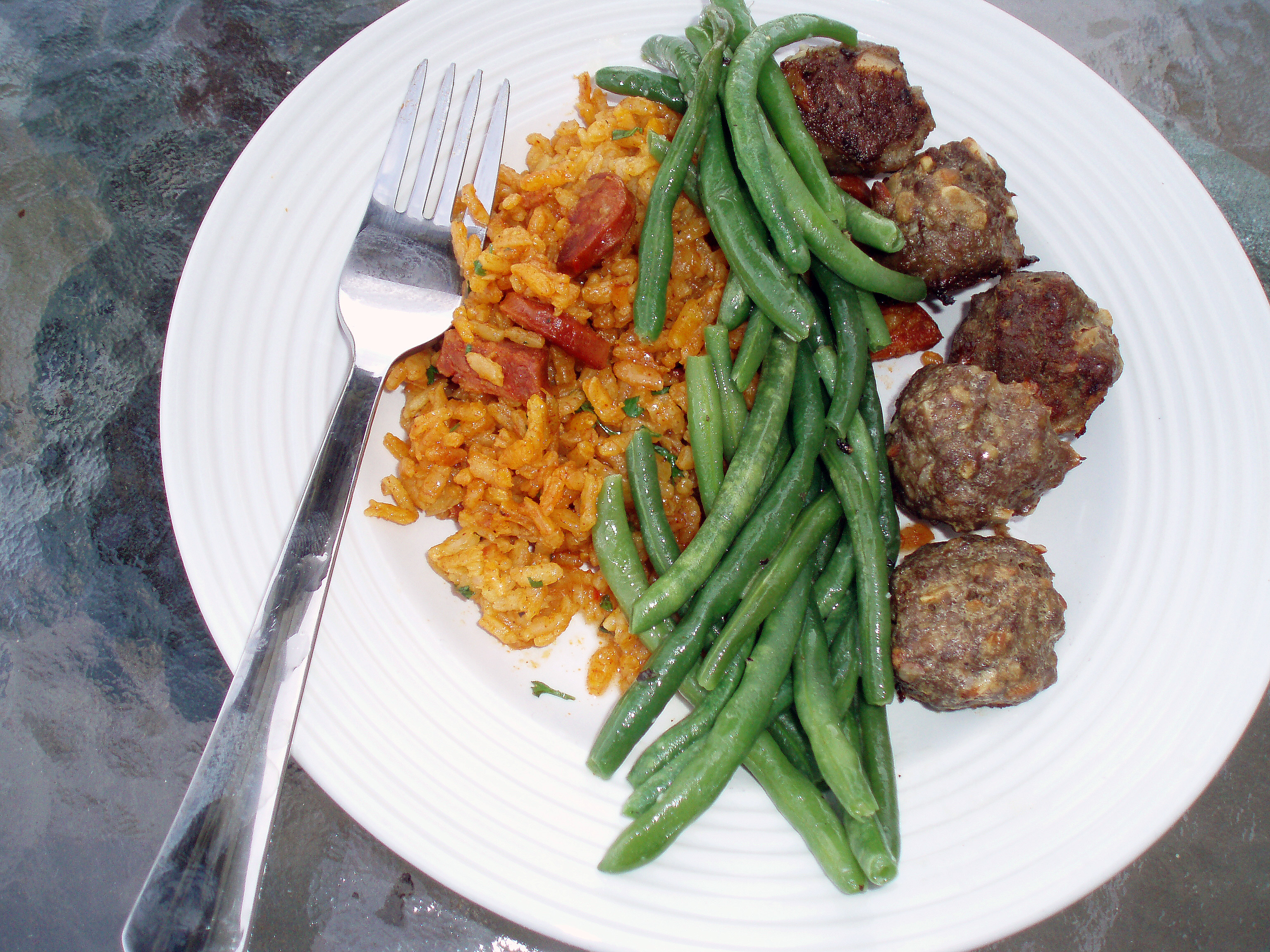 matt - spanish meatballs - full plate