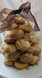 Daring Bakers: Piece Montee or Croquembouche