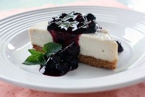 Vegan and Gluten-Free Cheesecake with Blueberry Compote
