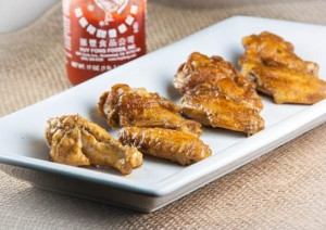 Sriracha-Curry Hot Wings