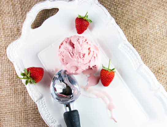 strawberry frozen yogurt blog